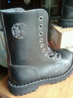 glany STEEL - UK / BLACK (10 dziurek)