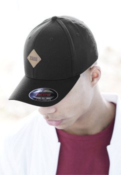 czapka LEATHERPATCH FLEXFIT CAP