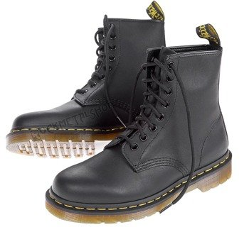 glany DR. MARTENS - DM 1460 BLACK GREASY (DM11822003)