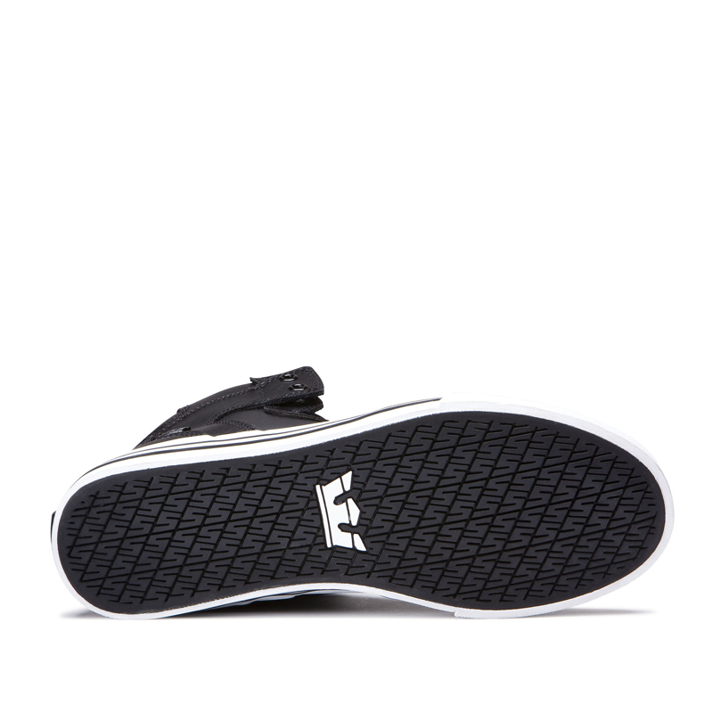 c6912821 buty SUPRA - VAIDER BLACK WHITE - sklep RockMetalShop.pl