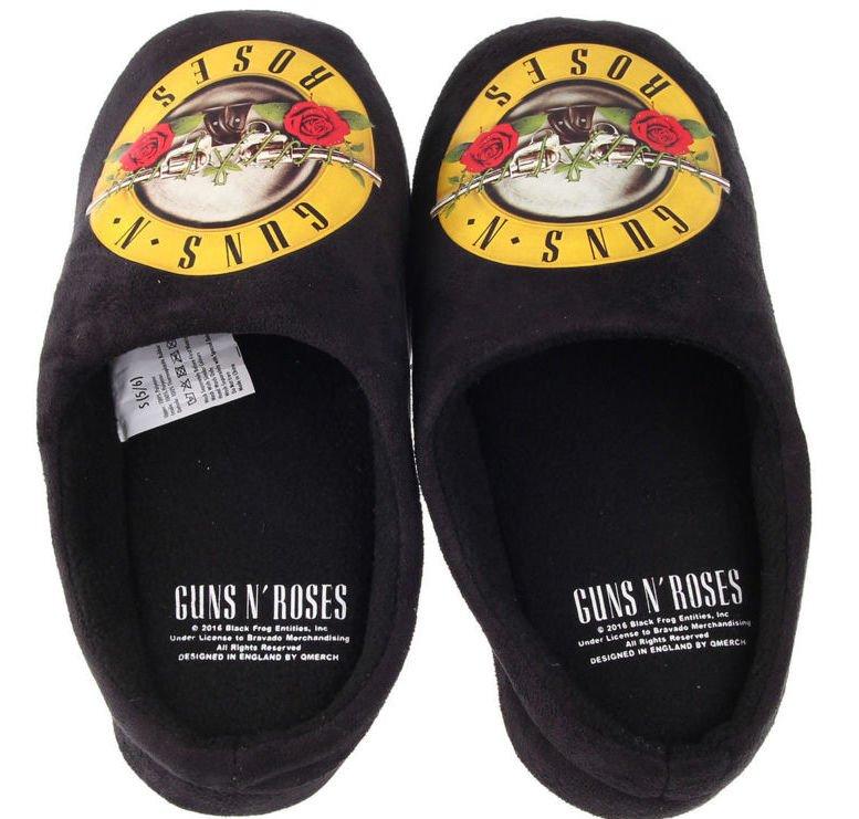 AXL Converse shoes : GunsNRoses